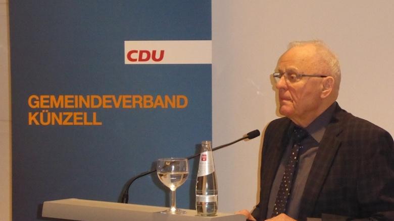 Ehrenvorsitzender Fritz Kramer